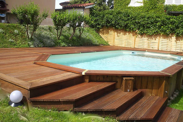 terrasse bois devant maison