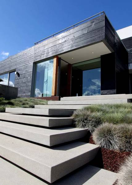 escalier extérieur devant maison